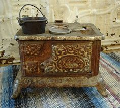 Old Cast Iron Eagle Toy Stove