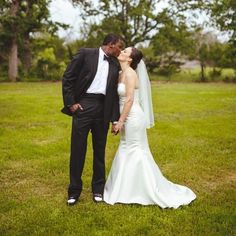 You may now kiss the bride. #Wedding style photo by Instagrammer @blackbeddy. #MYiDO