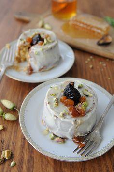 SPELT & HONEY BUNDT CAKES