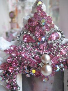 Vintage Pink vintage jeweled Picture frame