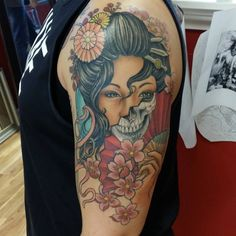 Tattoo-Journal.com - THE NEW WAY TO DESIGN YOUR BODY | 50 Colorful Japanese Geisha Tattoo Meaning and Designs | http://tattoo-journal.com