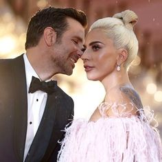 Lady Gaga and Bradley Cooper on Venice Film Festival ❤️ Bradley Cooper, Lady Gaga, Taylor Kinney, Irina Shayk, Grey's Anatomy, Divas, Bad Romance, Influencer, Star Wars