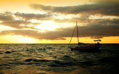 Морской круиз на закате | яхта катер | 8 938 4 777 418