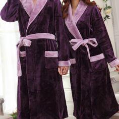 Peignoir violet pour couple