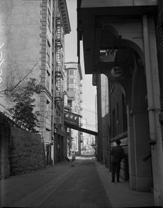 """""""November Angels Flight as it crosses Clay St. in downtown Los Angeles. This photo was published in the Nov. Bunker Hill Los Angeles, Angel Flight, Olive Street, Union Bank, City Of Angels, Downtown Los Angeles, Old Photos, Vintage Photos, Back In The Day"""