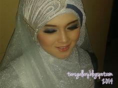 Tien's Gallery: Tutorial: jilbab pengantin syar'i part 2 :)