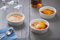 Una receta de crema catalana muy sencilla de hacer y con la que tendrás gran éxito en tus postres.