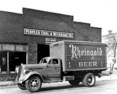 Rheingold Beer.........pretty sure Dad drank this brand with Uncle Norman