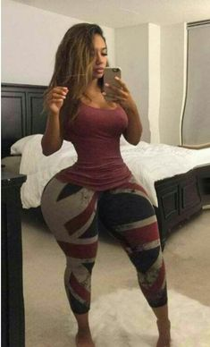 We post images of beautiful and fit women Curvy Hips, Sexy Hips, Sexy Curves, Nice Curves, Army Women, Fit Women, Curvy Girl Bikini, Thick Tights, Big Hips And Thighs