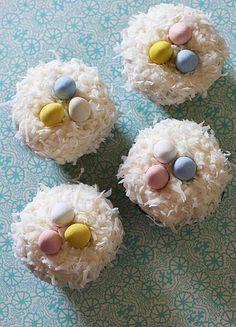Easter cupcakes! - These gave me a better idea: coconut macaroons that look like a bird's nest!