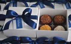Caixa com brigadeiros gourmet de sabores variados, da Give a Gift. Foto: Divulgação