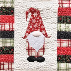 Wow check out this hip christmas quilt - what an artistic type Christmas Sewing Projects, Christmas Quilt Patterns, Christmas Applique, Christmas Crafts, Christmas Quilting, Panel Quilts, Quilt Blocks, Miniature Quilts, Green Quilt