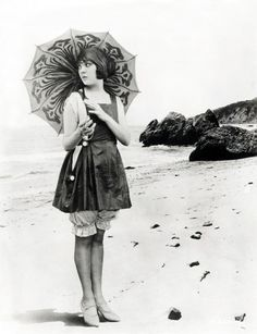 silent film actress Lila Lee c. late 1910's