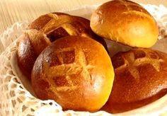 Cuchaule - petit pain (sucré) au safran (Fribourg-Suisse)