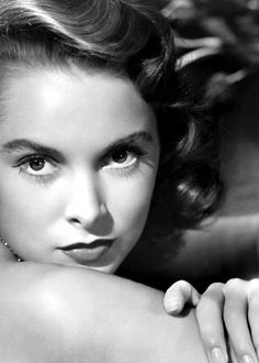 """JANET LEIGH ~ Born: July 6, 1927 in California, USA. Died: Oct 3, 2004 (aged 77) of a heart attack. Primarily remembered for Alfred Hitchcock's """"Psycho"""" (1960), for which she won a Golden Globe. Co starred in """"Words and Music"""" (1948), Married Tony Curtis in 1951 divorced 1962. Co-starred with Curtis in 5 films. Co-starred with Frank Sinatra in """"The Manchurian Candidate"""" (1962). Appeared in """"The Fog"""" (1980) & """"Halloween H20: 20 Years Later"""" (1998) with her daughter Jamie Lee Curtis."""