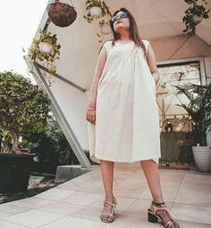 Low block heel sandals for a super comfy & pretty look. DM or Whatsapp for more details: 9599677662 Low Block Heel Sandal, Block Heels, Summer Sale, How To Look Pretty, High Heels, White Dress, Comfy, India, Sandals