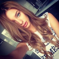 27  Best Light Brown Hair Color Ideas for 2018 The color of light brown hair is the most luminous brown color and directly precedes the shades of blond. This makes it a right hair color for people who do not look the best with blonde hair coloâ