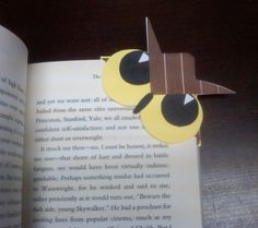 Owl Bookmark I love all the monster corner bookmarks, but I wanted to make an owl.  So I did!