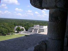 Remote view Hall of Warriors Chichen Itza