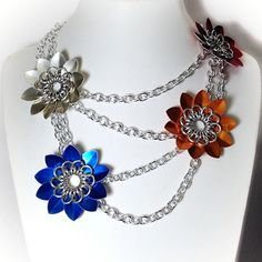 Flora - Staggered Flower Scales Chainmaille Necklace by Penny Cheng – Saniki Creations Handmade Chainmaille and Adornments