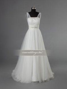 A(z) 66 legjobb kép a(z) Menyasszonyi ruha táblán  bd03e3442a