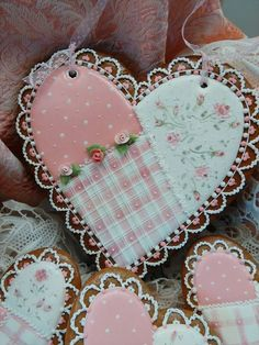 Quilt Cookies ~~ Patches wall hanging, lace and roses, by Teri Pringle Wood Elegant Cookies, Fancy Cookies, Iced Cookies, Cute Cookies, Royal Icing Cookies, Cupcake Cookies, Sugar Cookies, Flower Cookies, Heart Cookies