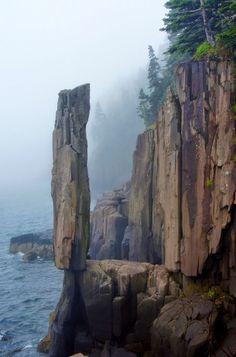 The Balancing Rock, Nova Scotia, Canada Cool Landscapes, Beautiful Landscapes, Places To Travel, Places To See, Nova Scotia Travel, Canada Travel, Canada Canada, Parks Canada, Alberta Canada