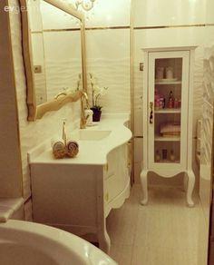 Ev Gezmesi Bathroom Cabinets, Present Day, Bathroom Inspiration, Powder Room, Vintage Decor, Home Accessories, Living Spaces, Home Improvement, Interior Design