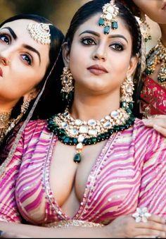 Beautiful Girl Hd Wallpaper, Very Beautiful Woman, Beautiful Actresses, Indian Beauty, Kardashian, Desi, Sexy Women, Hair Styles, Places