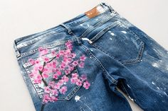 How to DIY Blake Lively's $500 Cherry Blossom Boyfriend Jeans via Brit + Co.