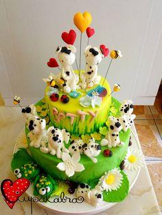 https://www.facebook.com/Ciupakabra.cakes/photos/a.151635968198932.26296.138658532830009/653640031331854/?type=3