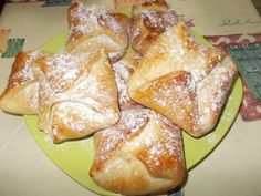(Poale-n brau) Branzoaice (Poale-n brau)Branzoaice (Poale-n brau) Jalapeno Cheese, Stuffed Jalapeno Peppers, Romanian Food, Romanian Recipes, Our Daily Bread, Cheese Sauce, French Toast, Deserts, Cooking Recipes