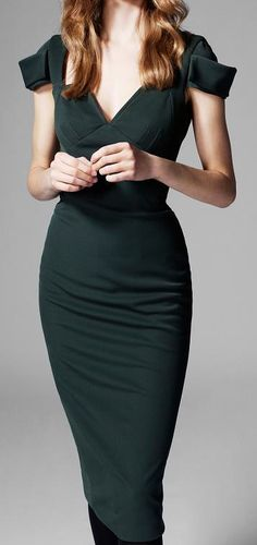 If women always wore dresses, life would be more perfect. mmmmmmmm