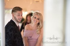 Beautiful blonde wedding guest in dusty pink dress at Kings Pavilion wedding.  Photography by one thousand words wedding photographers