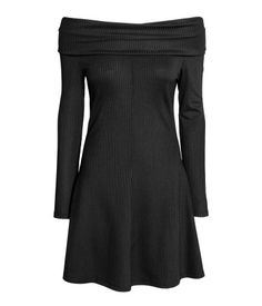 H&M Off-the-Shoulder Dress $25 :: Short off-the-shoulder dress in thick jersey with a slight sheen. Foldover section at top, long sleeves, and flared skirt. Unlined.