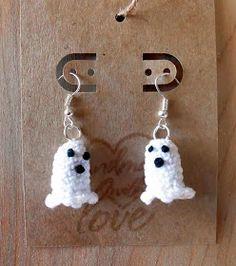 Crochet Cauldron: Free Crochet Pattern: The Cutest Ghost Earrings Ever!