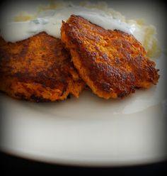 Nopeat porkkanapihvit Tandoori Chicken, Pork, Meat, Ethnic Recipes, Kale Stir Fry, Pigs