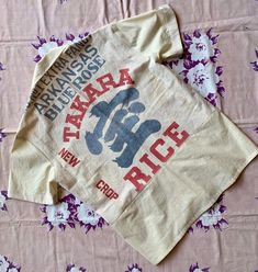 Los Angeles Takara Rice Sack Button Up Top by 3 Women - Unisex Vintage Feed Sack Bowling Shirt Bowling Shirts, Feed Sacks, Novelty Print, Blouse Vintage, Mandarin Collar, Jean Paul Gaultier, Diy Clothes, Button Up, Runway