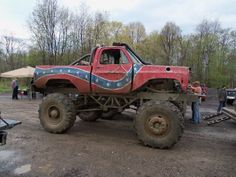 confederate flag mudding truck. yes, yes, and hell yes.