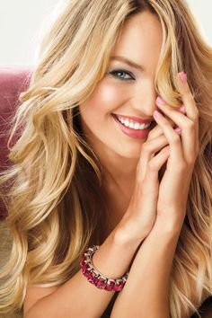 love her hair and makeup in this pic. victoria secret hair :) my style for sure
