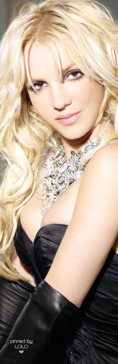 Britney Spears ༺ß༻ Britney Spears House, Britney Spears Photos, Britney Jean, Celebs, Celebrities, Nicki Minaj, Lady Gaga, Katy Perry, My Idol