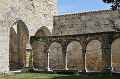 Cloître, ancien monastère des Cordeliers, Saint-Emilion, Libournais, Gironde, Guyenne, Aquitaine, France.