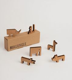 milimbo cardboard toys