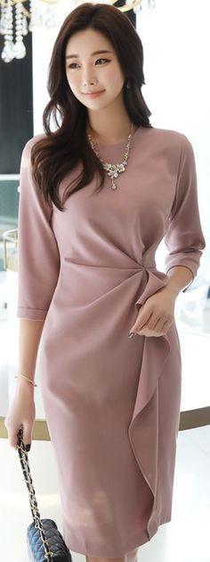 Dresses StyleOnme_Feminine Shirred Waistline Dress you can find similar pins below. Modest Fashion, Hijab Fashion, Korean Fashion, Fashion Dresses, Simple Dresses, Beautiful Dresses, Romantic Dresses, Feminine Dress, Spring Dresses