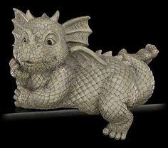 Gartenfigur-Drachen-Kantenhocker-liegend-links-Fantasy.jpg 400×354 Pixel