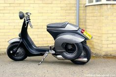 2015 Mod Rally to Troon by Friday Street Glasgow. Scooters Vespa, Piaggio Scooter, Motos Vespa, Scooter Motorcycle, Motor Scooters, Vespa 125, New Vespa, Quad, Classic Vespa