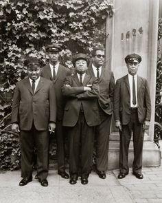 Chauffeurs, Washington DC, 1965. Photo: Evelyn Hofer