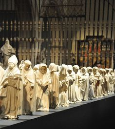 line up of Mourners at the Met, later in Dallas Medieval World, Medieval Art, Images Of Faith, Cemetery Monuments, Medieval Paintings, Saints And Sinners, Historical Artifacts, Medieval Manuscript, Memento Mori
