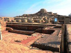 Moenjodaro, Larkana - (Sindh, Pakistan)  The world's largest ancient urban centre town of Indus Valley Civilization.