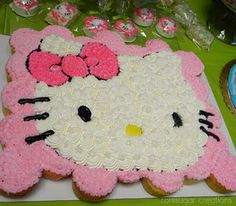 hello kitty cupcakes...may have to make these for @Czarina Velarde Velarde Velarde at some point.